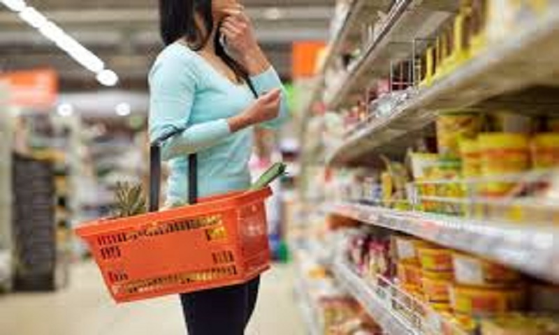 Safely shop for groceries amid coronavirus pandemic