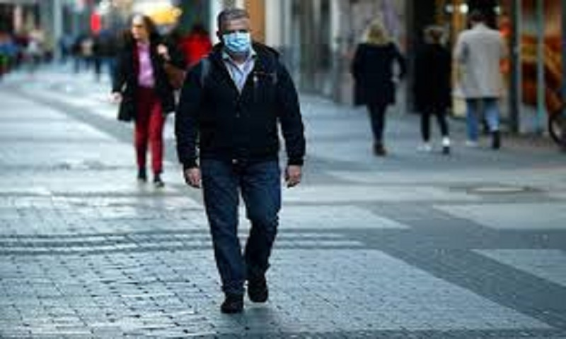 Coronavirus halts a decade of US jobs growth