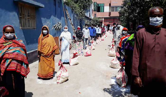 King Brand Cement of Bashundhra Group distributes aid in Saidpur
