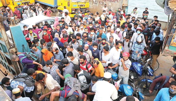 RMG workers returning to Dhaka in droves