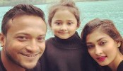 Shakib unites with family after completing self-isolation in USA