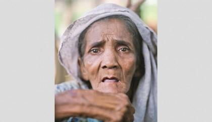 Elderly-Rohingyas-at-high-risk