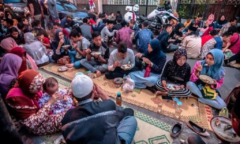 Coronavirus: How do you celebrate a religious festival while social distancing?