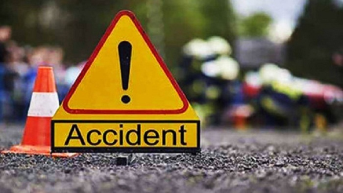Father, daughter killed in Jhenaidah road accident
