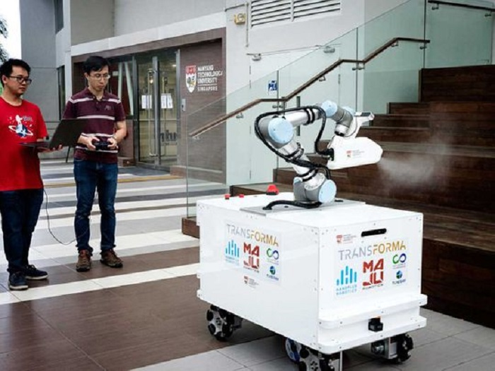 Singapore disinfecting robot trialled in virus fight