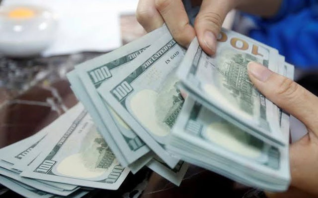 Forex reserves hit $33b as imports dip