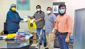 Maven Autos donates face masks