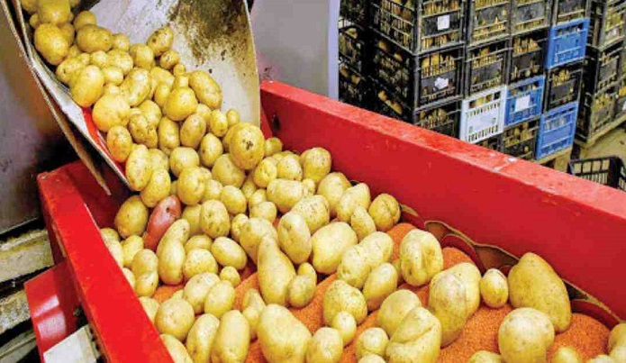 Export-oriented food processing industry workers demand wages before Eid