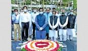 DSCC mayor pays tribute to Bangabandhu