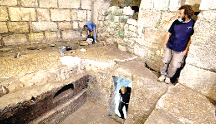 Ancient rooms found under Jerusalem's Western Wall