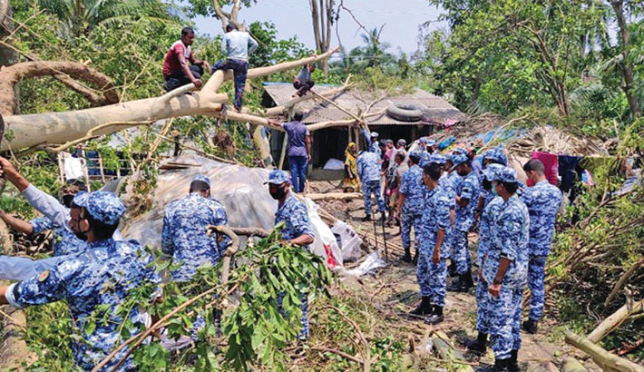 Bangladesh Air Force remove fallen trees