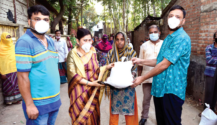 Distributes relief materials