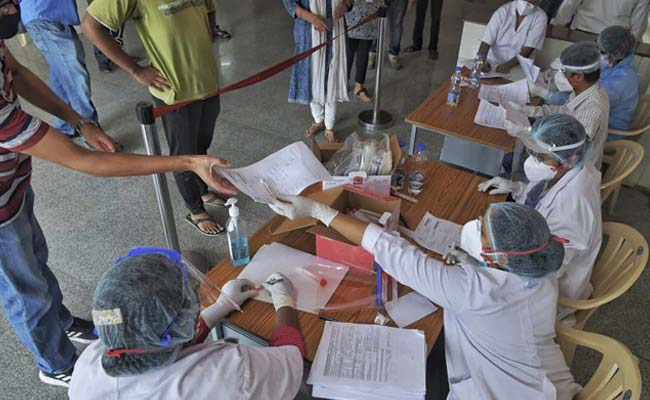 Record 6,977 new COVID-19 cases in India; death toll climbs to 4,021