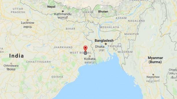 Bangladeshi barge sinks in West Bengal river; none injured