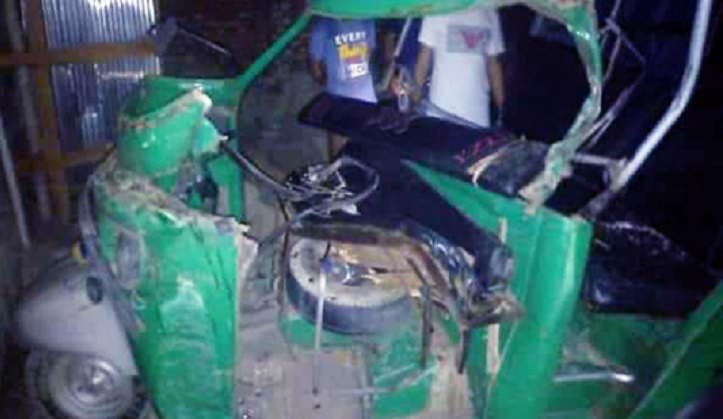 Two killed, 3 injured in Chirirbandar road accident