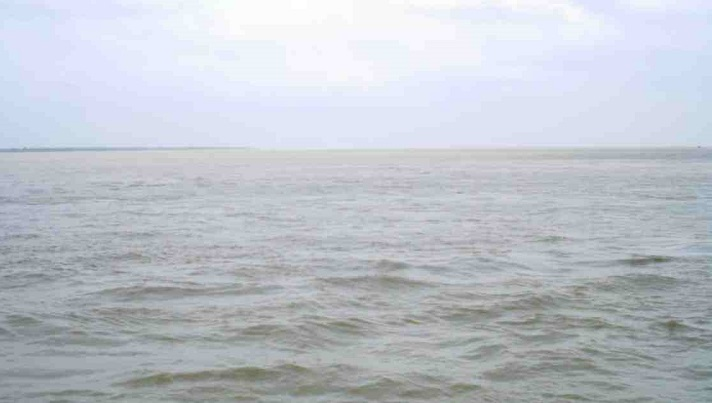 Death toll increases to 4 in Jamuna boat capsize, 16 persons still missing