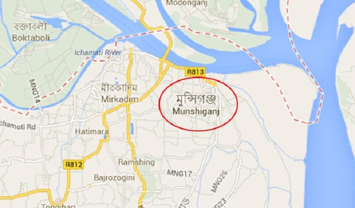 3 killed as microbus falls into ditch in Munshiganj