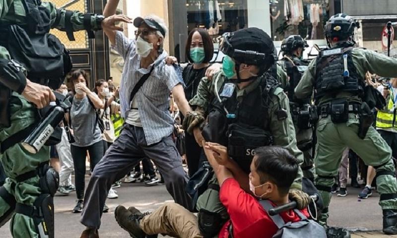 Hong Kong 'no longer autonomous from China' – Pompeo