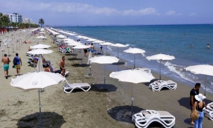 Coronavirus: Cyprus to pay holiday costs of infected tourists