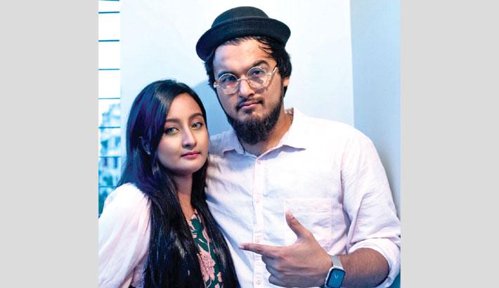 Noble's 'Tamasha' with wife