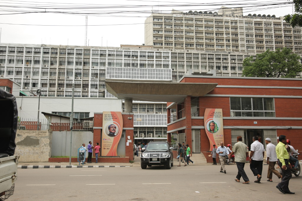 Offices reopen with strict health guidelines