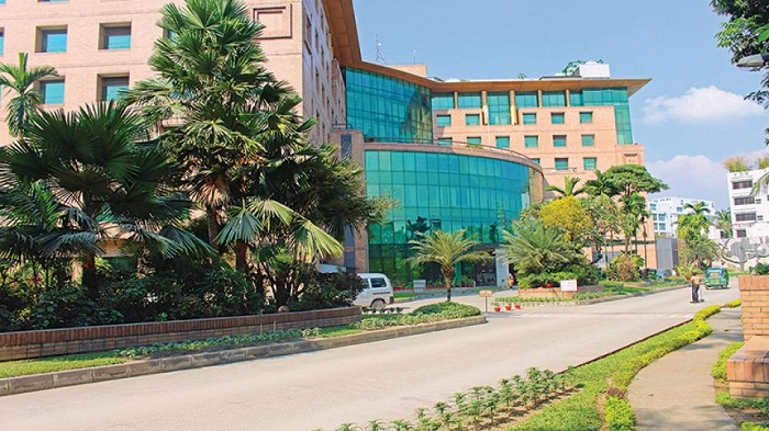 Writ filed seeking cancellation of United Hospital's licence