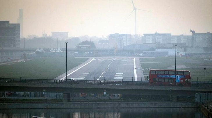 London City Airport to reopen at end of month