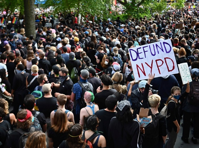 New York night-time curfew extended to June 7 after looting