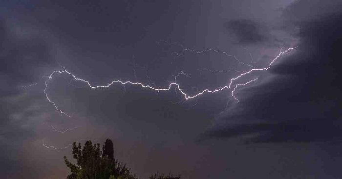 Lightning strikes kill 4 in Pabna