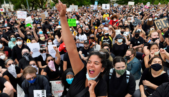 Protests over Floyd death continue in US