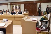 Special cabinet meeting at parliament on Monday