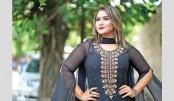 Zhilik gets huge response for 'Aguner Din Shesh Hobe Ekdin'