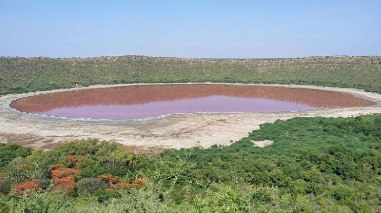 A 50,000-year-old lake in India just turned pink