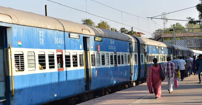 Coronavirus: India to use 500 train carriages as wards in Delhi