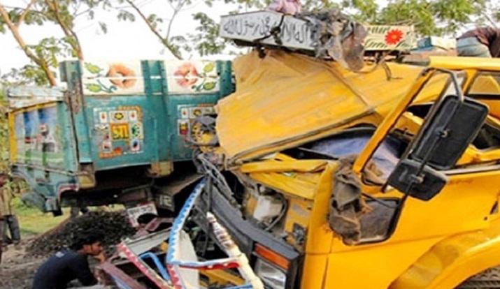 3 killed as two trucks collide head-on in Sirajganj