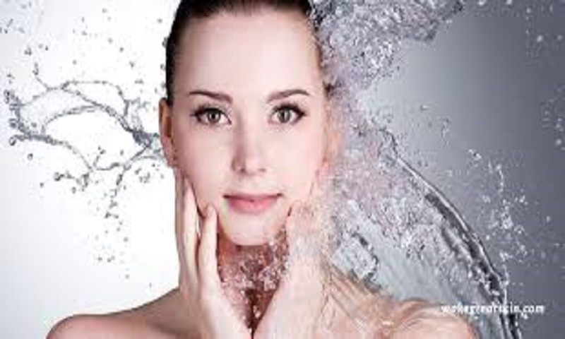 Wash your face with cold water for good skin