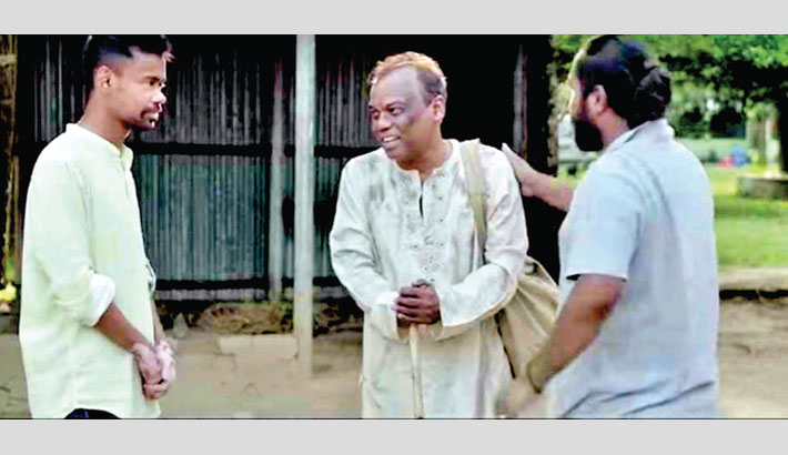 Fazlur Rahman Babu gets huge response for 'Extra Artist'