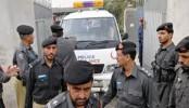 1 killed, 10 injured in grenade attack in Pakistan's Karachi