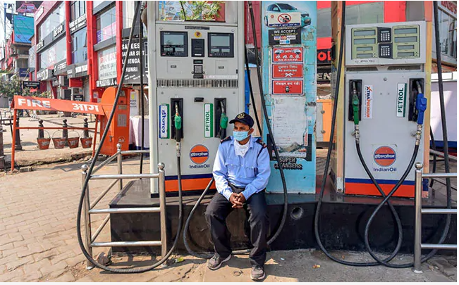 Diesel price hits record high as fuel rates raised for 15 days in India