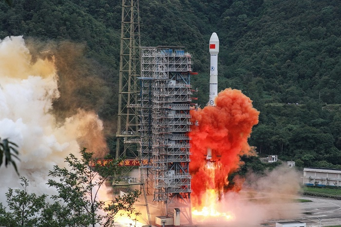 China launches final satellite to complete rival to GPS