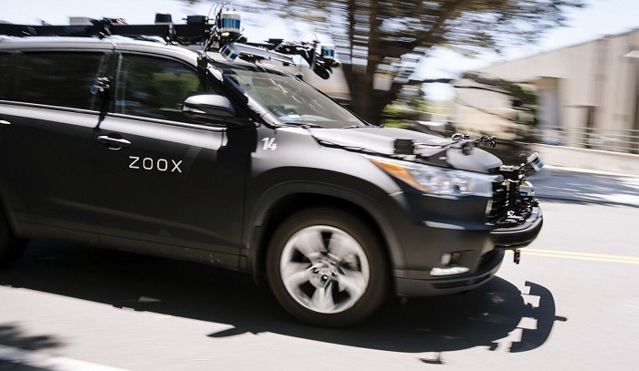 Amazon moves into robo-taxi field with deal for Zoox