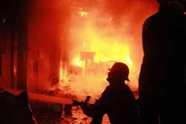 30 shanties gutted in Kamalapur slum fire