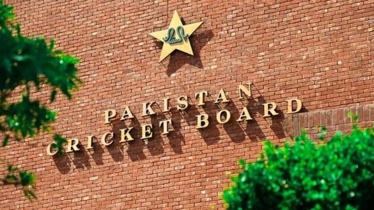 Ten players left off Pakistan's England tour over virus: cricket board