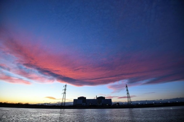 France pulls plug on country's oldest nuclear plant