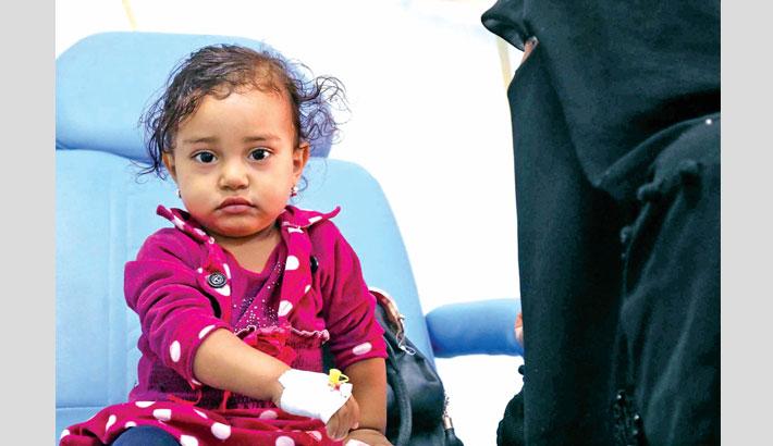 Yemeni child suffering from cancer