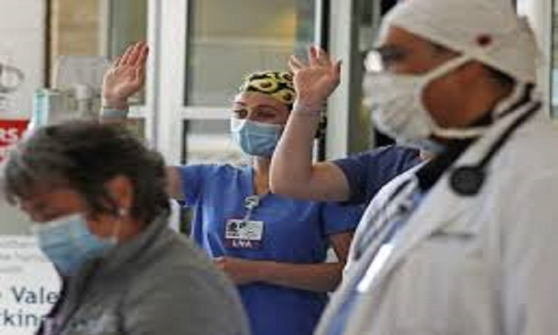 Coronavirus: US death toll rises to 131,485