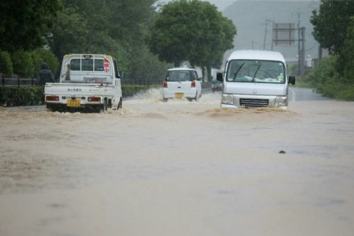 75,000 ordered to evacuate as heavy rain lashes western Japan