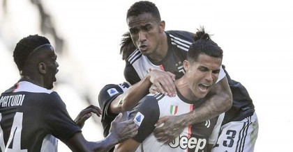 Buffon breaks Serie A appearances record as Juve move seven points clear