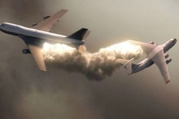 Two planes collide mid-air in US, 8 feared dead