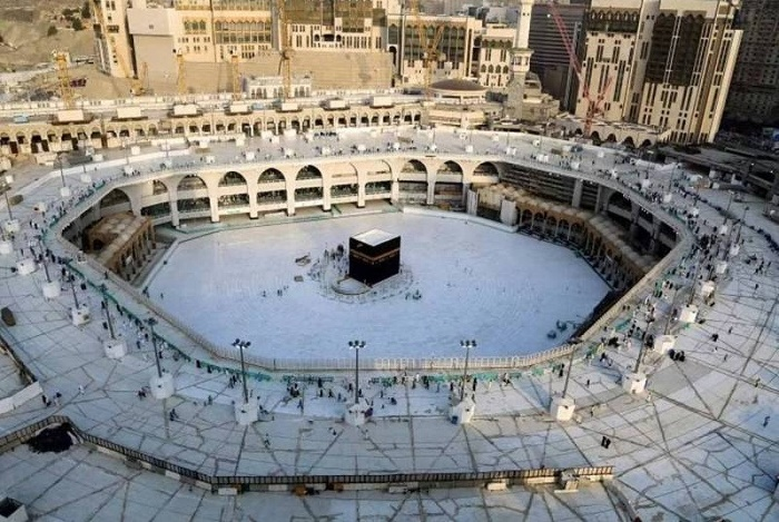 Hajj pilgrims won't touch or kiss Holy Kaaba, Black Stone this year